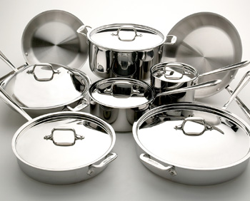 Choosing safe pans to cook with | WholeLifestyleNutrition.com