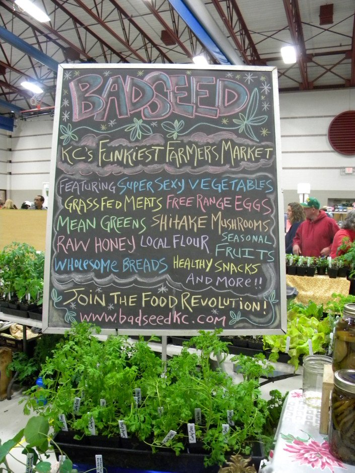 Countrywide Farmers' Market: A Peek Into Kansas City's Farmers' Expo and A Honey Basil Dressing Recipe | WholeLifestyleNutrition.com