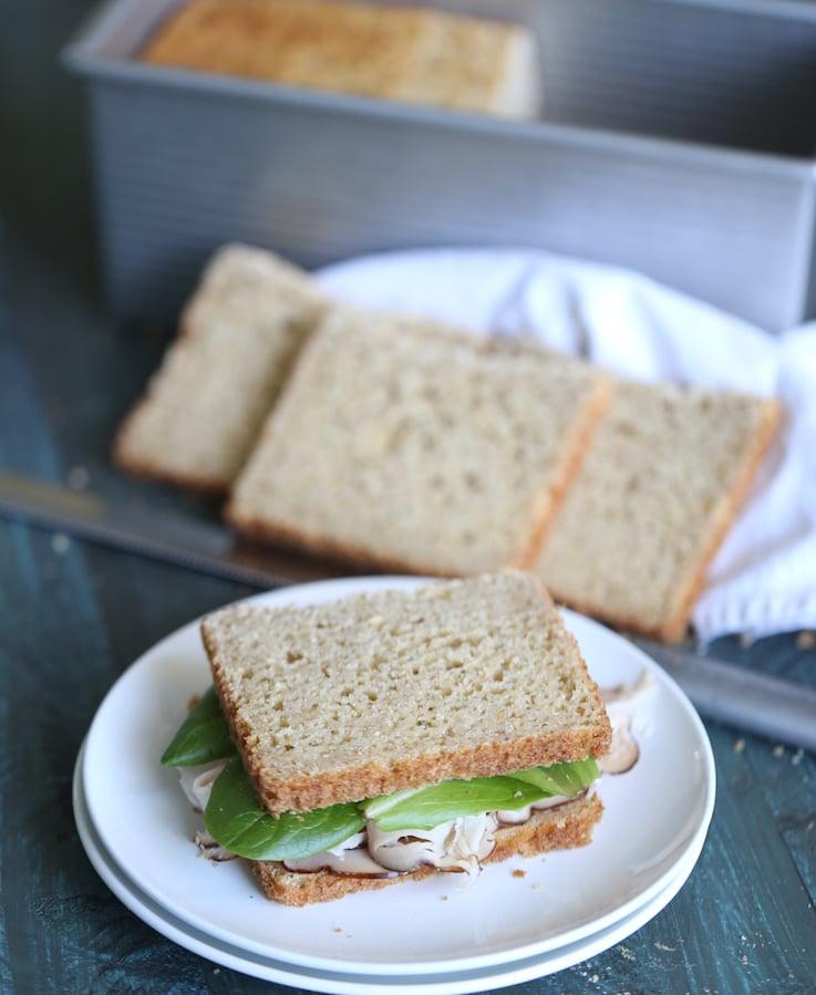 Recette de pain sandwich sans gluten à l'avoine | WholeLifestyleNutrition.com