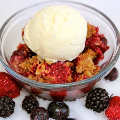 A Wintry Organic Berry Crisp Recipe