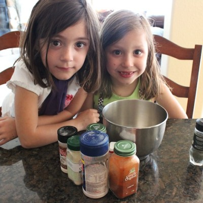 Family Friendly Fridays: Organic Veggie Dip Recipe