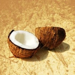 Organic Coconut Oil and its Benefits, Uses and Recipes