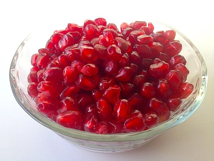 How To Open A Pomegranate in 1 Minute | WholeLifestyleNutrition.com