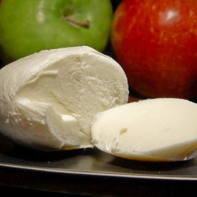 How To Make Organic Raw Mozzarella Cheese